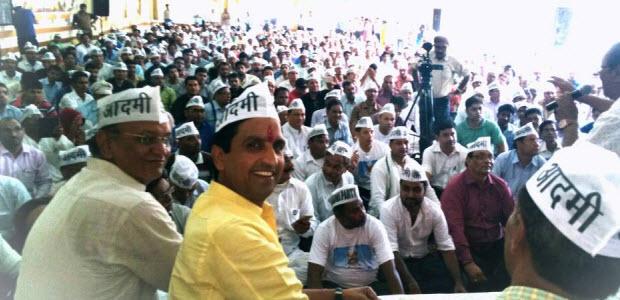 Kumar-Vishwas-addressed-first-volunteers-meet-in-jaipur
