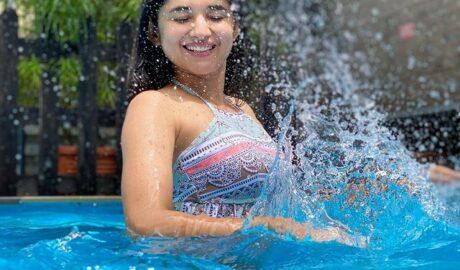 Guddan fame Kanika Mann spotted having fun in the pool 01